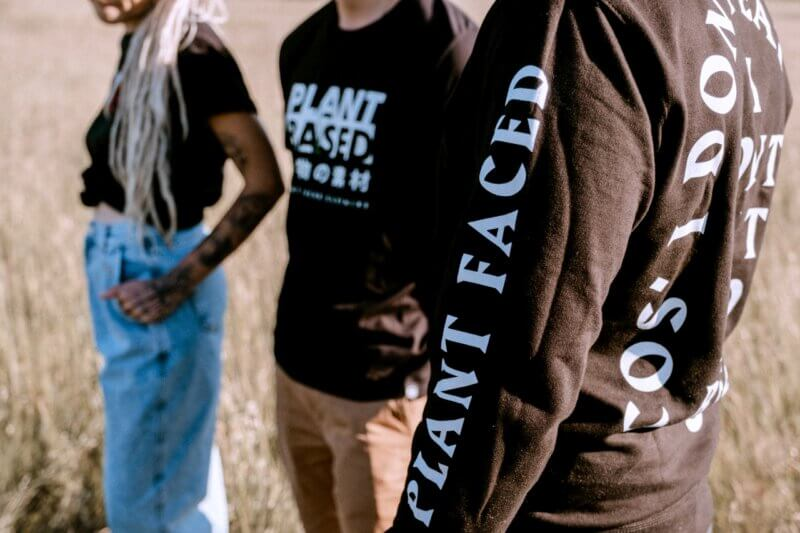 Plant Faced Clothing Vegan Modelabel (2)
